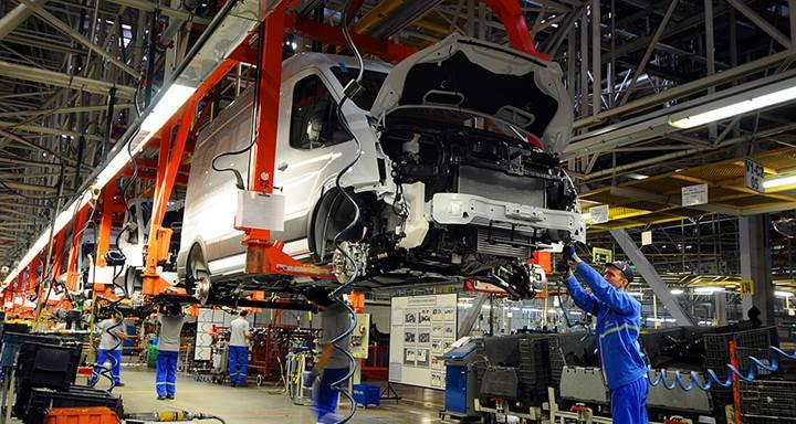 Ford Avrupa Başkanı Armstrong: Gelecekte Türkiye'deki fabrikalara daha fazla görev vereceğiz