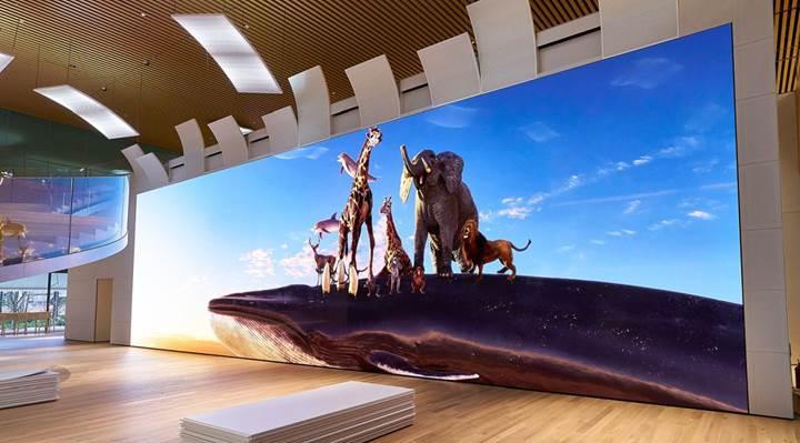 Sony devasa boyutta bir 16K ekran tanıttı