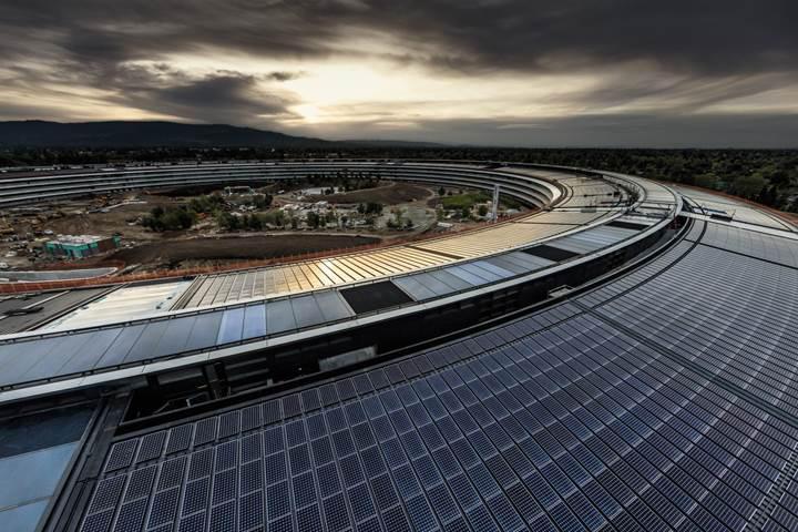 apple park güneş panelleri