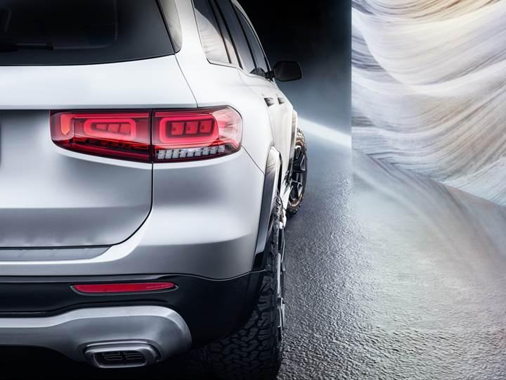Mercedes, yeni kompakt SUV konsepti GLB'yi görücüye çıkardı