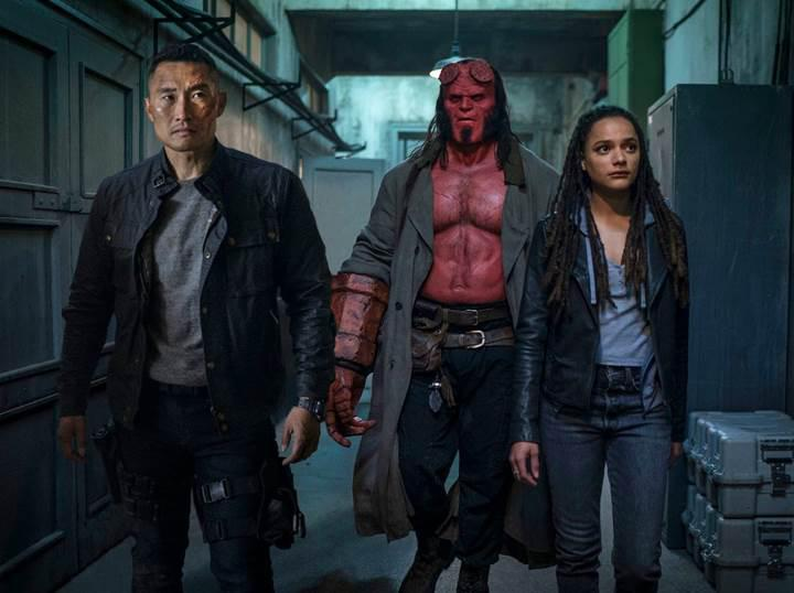 Eleştiri yağmuruna tutulan yeni Hellboy filmi gişede çakıldı