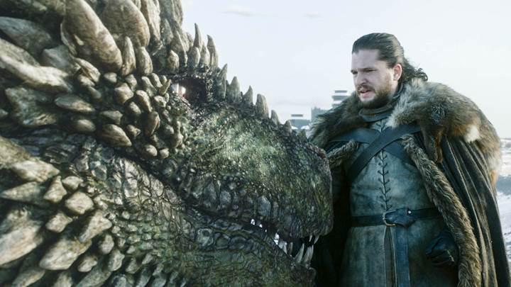Game of Thrones'un final sezonu izleyici rekorları kırarak başladı