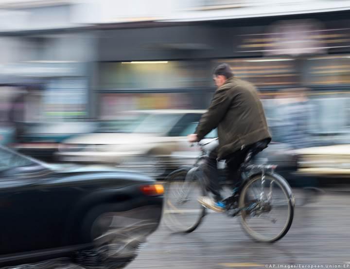 Avrupa Parlamentosu, yeni araçlarda güvenlik teknolojilerini zorunlu kılan düzenlemeyi onayladı
