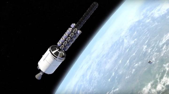 Elon Musk, 'uzaydan internet' projesini resmen başlatıyor