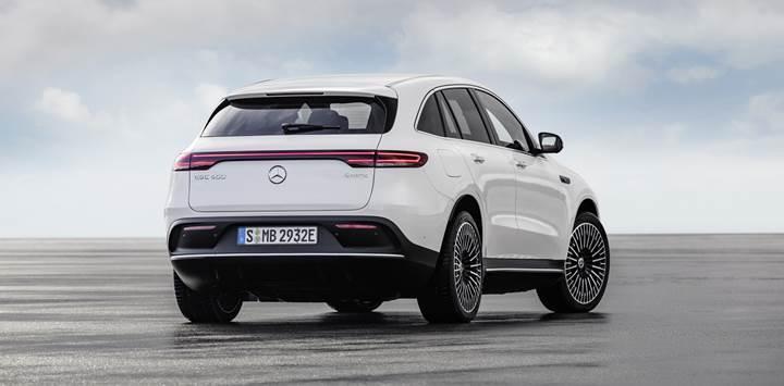 Mercedes-Benz'in elektrikli crossover'ı EQB, 2021'de gelecek