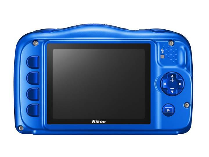 Nikon, çocuklar için ürettiği fotoğraf makinesini tanıttı