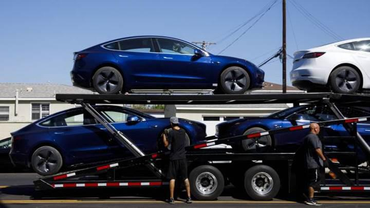 Tesla'nın ilk çeyrekteki zararı beklentileri aştı