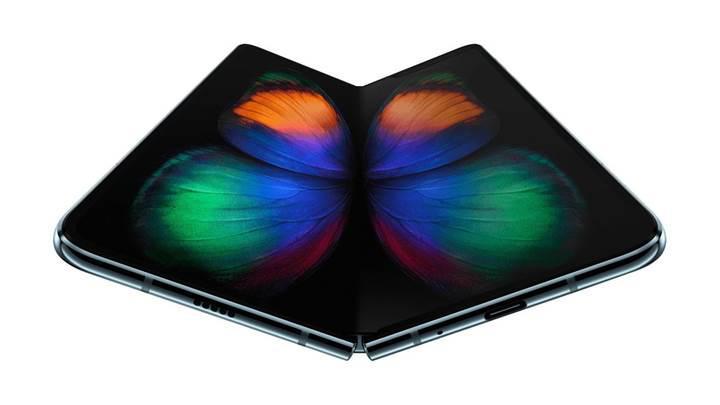 Samsung Galaxy Fold iFixit incelemesi Samsung'un isteği üzerine yayından kaldırıldı