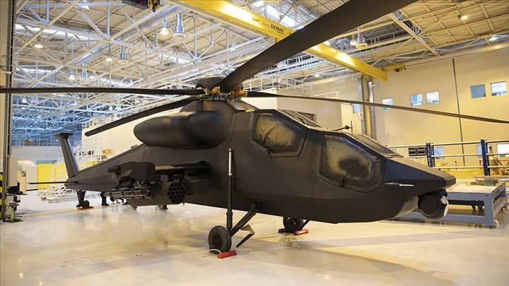 Yeni taarruz helikopteri ATAK 2'nin birebir ölçekli modeli görüntülendi