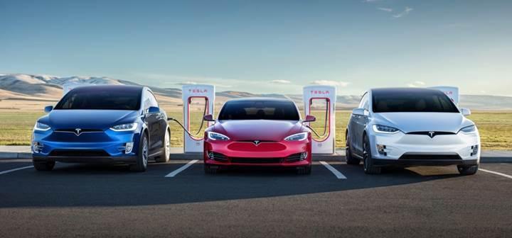 Tesla modelleri artık kendi kendine teşhis koyup arızalı parçanın yenisini sipariş edebiliyor