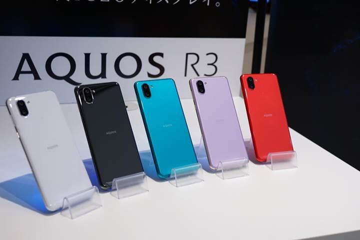 Çift çentikli Sharp Aquos R3 resmen tanıtıldı