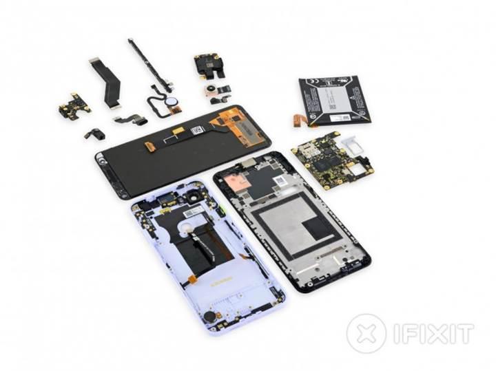 Sonunda kolay tamir edilebilir bir telefon: Google Pixel 3a