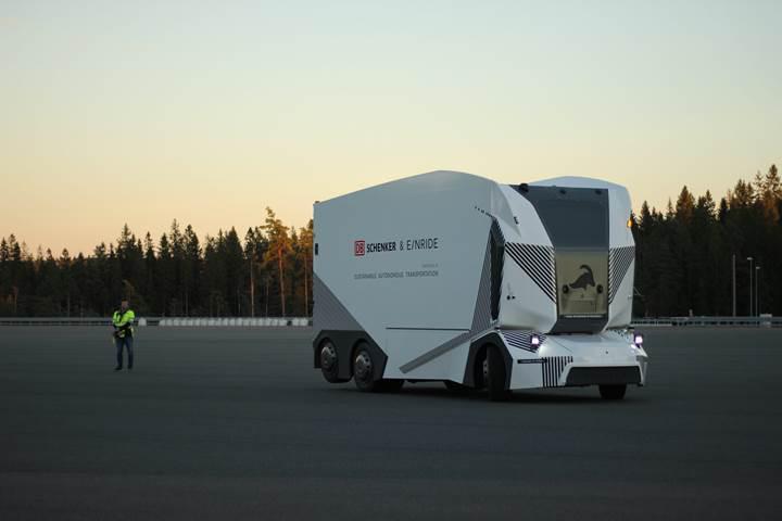 Sürücüsüz ve elektrikli kamyon T-Pod, İsveç'te teslimat yapmaya başladı