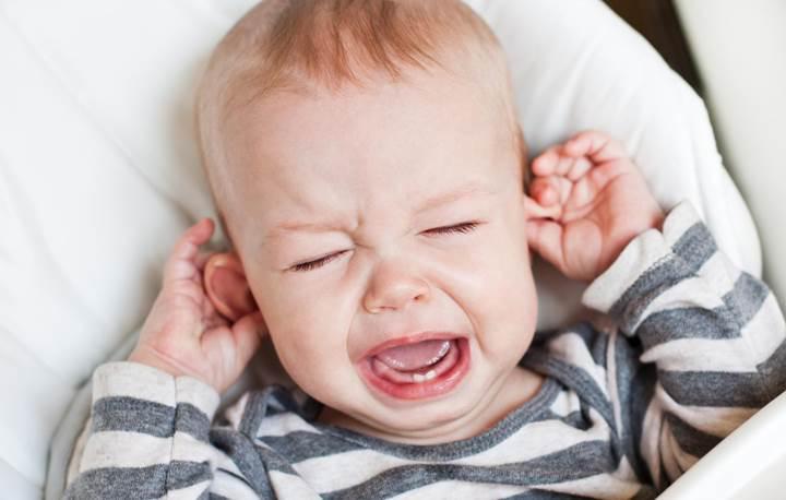 Kağıt yardımıyla, kulak enfeksiyonlarını teşhis eden uygulama geliştiriliyor