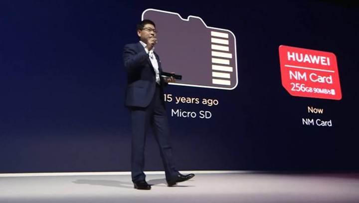 Huawei'ye bir yaptırım daha: Telefonlarında artık microSD kart kullanamayacak