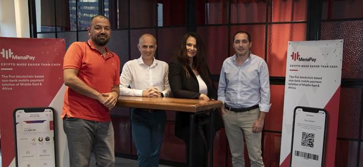 Hande Enes yeni yatırımını MenaPay ile Blockchain'e yaptı
