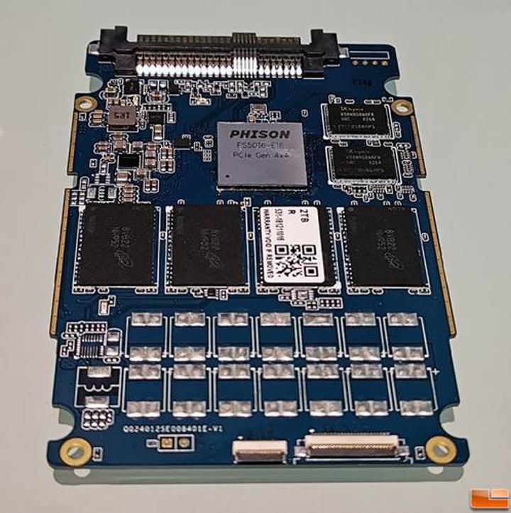 Corsair'ın yeni SSD'si PCIe 4.0 arayüzü sayesinde, 4.95 GB/sn okuma hızı sunuyor