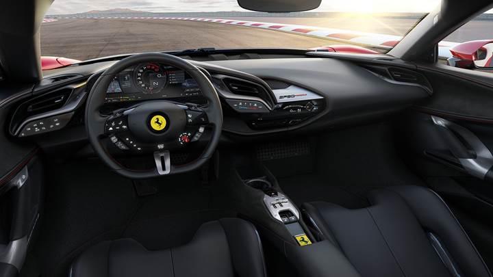 Gelmiş geçmiş en güçlü Ferrari: İşte İtalyan üreticinin ilk hibrit süper otomobili