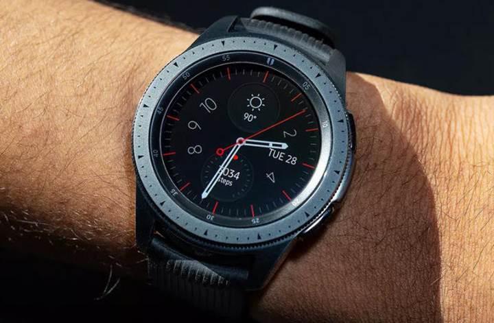 Samsung akıllı saatler Türkiye'de de One UI güncellemesini aldı
