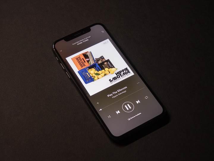 Spotify, dinlediğiniz podcast türüne göre reklam gösterecek