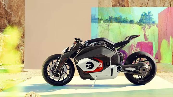 BMW'den yeni elektrikli motosiklet konsepti: Vision DC Roadster