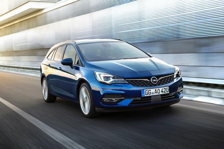 Makyajlı Opel Astra tanıtıldı: Gelmiş geçmiş en verimli Astra