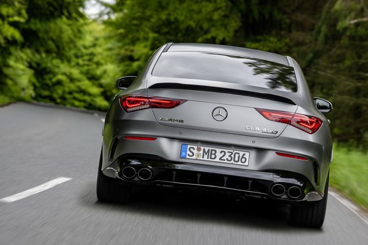 Yeni Mercedes-AMG A 45 ve CLA 45 modelleri tanıtıldı