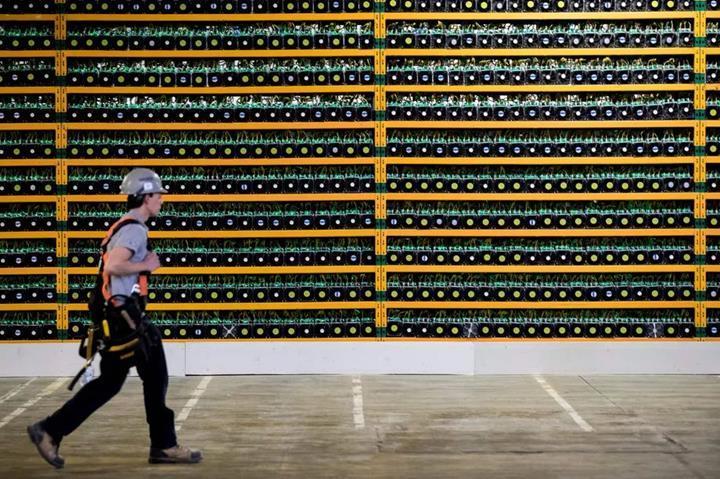 Bitcoin dünyanın 176 ülkesinden fazla enerji tüketiyor