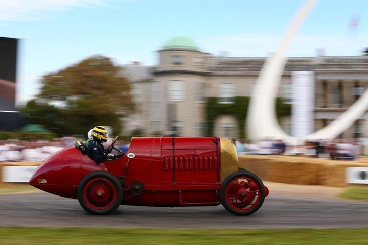 Goodwood Hız Festivali 2019'da boy gösteren en çılgın araçlar [Galeri]