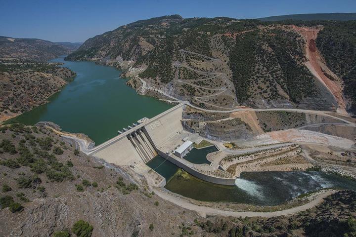 Türkiye'de elektrik üretiminde yerli kaynakların payı %66'yı geçti