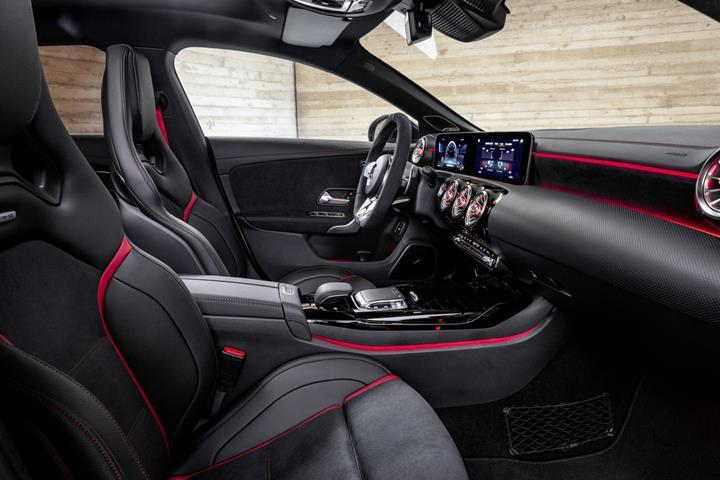 2019 Mercedes-AMG CLA 45 Shooting Brake tanıtıldı