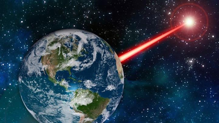 Breakthrough, uzaylılardan gelebilecek ultra hıza sahip lazer atımının peşinde
