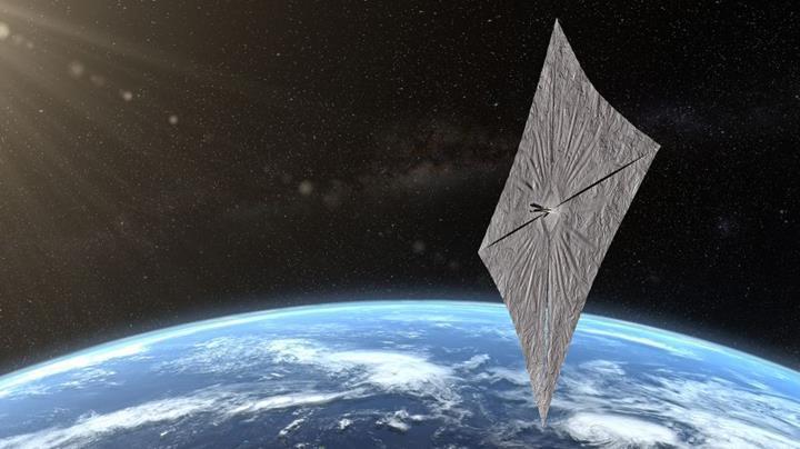 Yıldızlara doğru ilk adım: LightSail 2, 'uzay yelkenlerini' ilk kez test etti