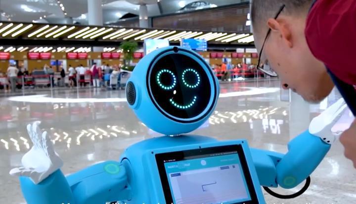 İstanbul Havalimanı'na Akınsoft'tan robot danışman desteği