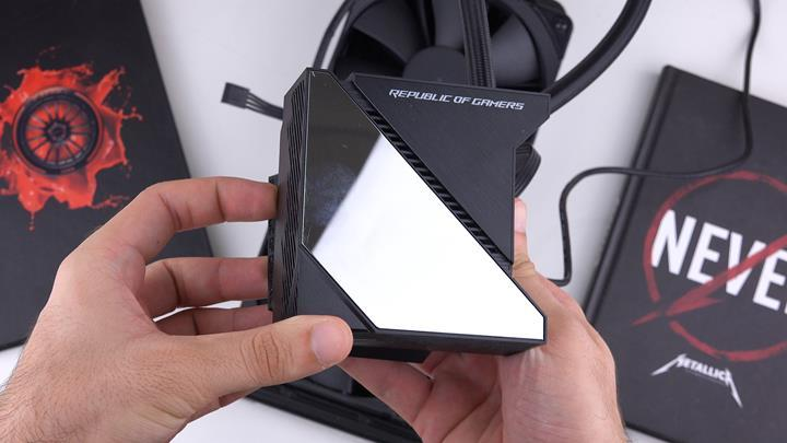 OLED ekranlı sıvı soğutucu??