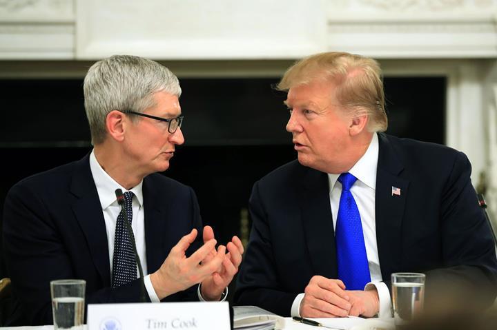 Trump'ın Çin'i terk edin açıklaması, ABD'li teknoloji devlerinin hisselerini düşüşe geçirdi