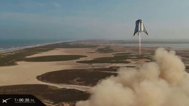 SpaceX'in prototip roketi 'Starhopper', 150 metre yüksekliğe ulaştı (VİDEO)