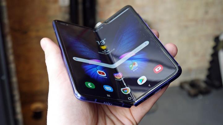 Samsung, Galaxy Fold'u 6 Eylül'de satışa sunmak istiyor