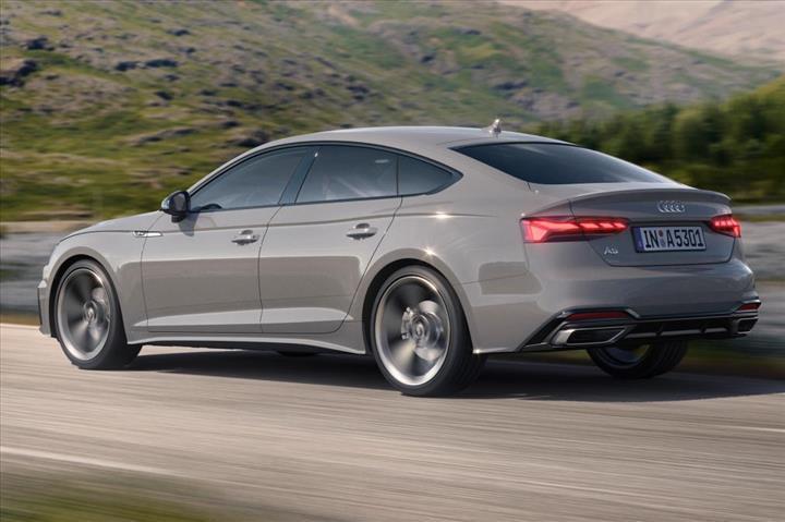 2020 Audi A5 ailesi yeni yüzü ve teknolojileriyle tanıtıldı