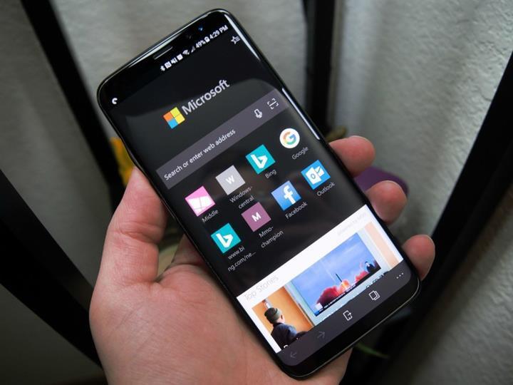 Microsoft Edge tarayıcısının Android versiyonuna karanlık mod desteği geldi