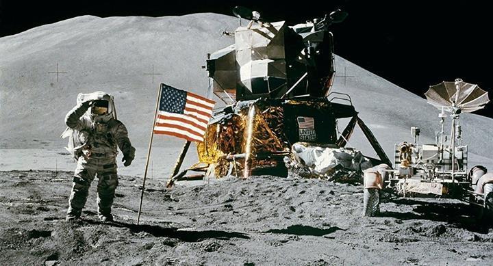 Trump açıkladı: Ay'a gitmek heyecan verici değil, hedefimiz Mars olmalı