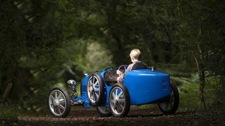 Bugatti Baby II elektrikli çocuk arabası kısa sürede tükendi