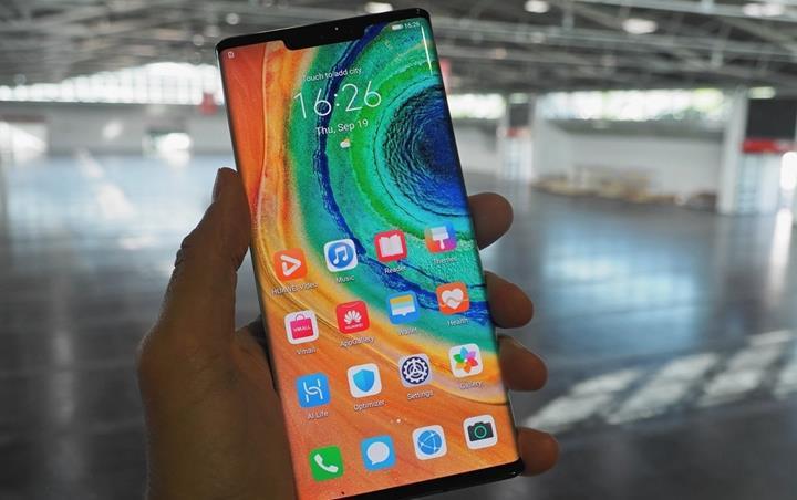 Google'ın lisanslamadığı Huawei Mate 30 Pro'ya Google Play kurmak için gereken süre: 10 dakika