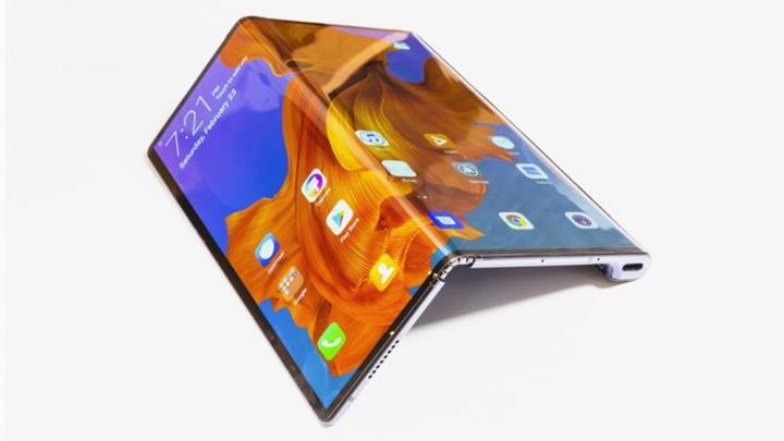 Huawei Mate X'in, Ekim ayında satışa sunulacağı doğrulandı