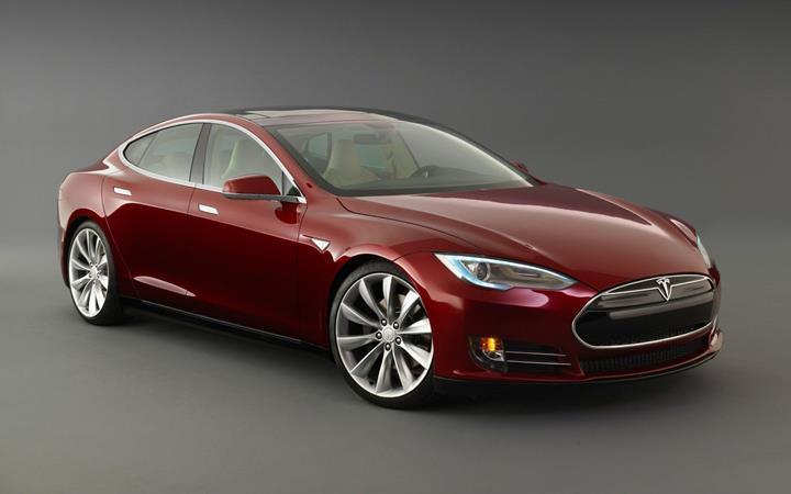 Tesla otomobillere Spotify, Netflix ve YouTube desteği geldi