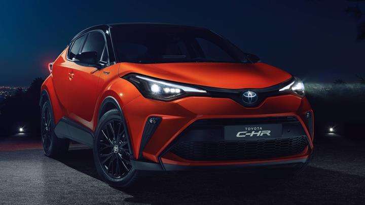 2020 Toyota C-HR, 184 beygirlik yeni hibrit motoruyla tanıtıldı