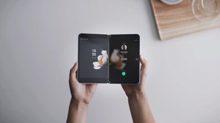 Android işletim sistemli Surface telefonu karşınızda