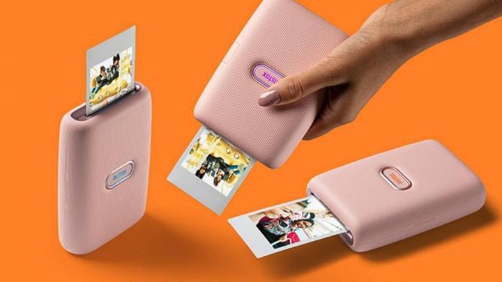 Instax şimdi de mobil fotoğraf yazıcısı geliştirdi