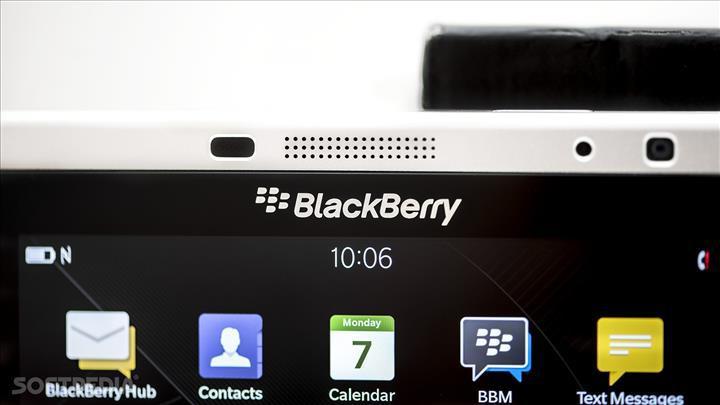 TCL, 5G destekli bir BlackBerry telefon planlarının olmadığını açıkladı