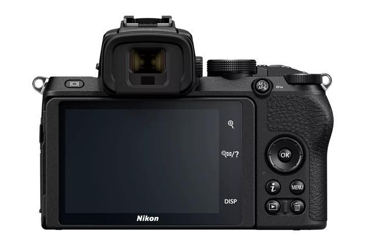 Nikon ilk DX format aynasız kamerasını duyurdu
